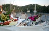 Taste fresh local fish in Fethiye gulet cruise